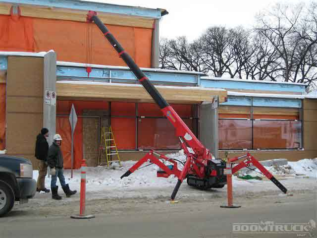 Spyder Crane Service in Winnipeg